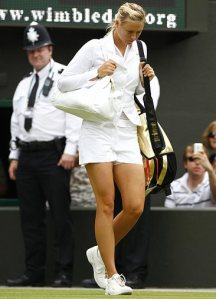 sharapova-jacket_682076n