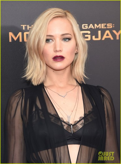 jennifer-lawrence-hunger-games-mockingjay-nyc-premiere-28