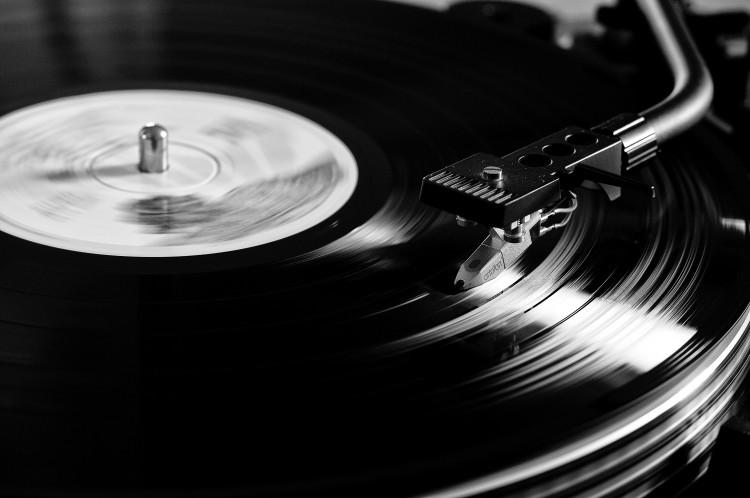 vinyl-7723