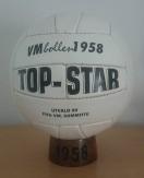Ball_World_Cup_Balon_Mundial_1958_FIFA_Final_Pre_Adidas_Top_Star
