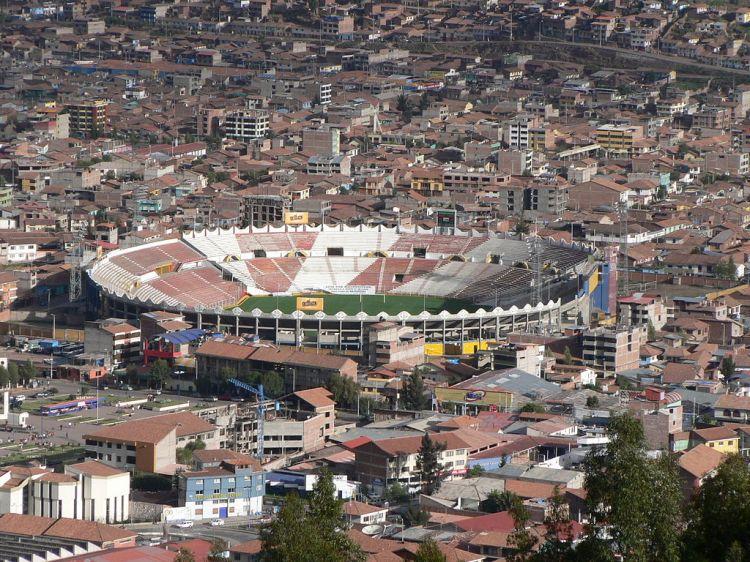 1024px-Estadio_Garcilazo