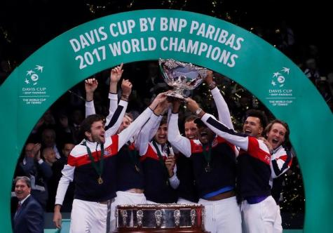 French-Davis-Cup-players-celebating-their-10th-title.jpg