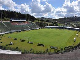 Estádio Mário Helenio 3