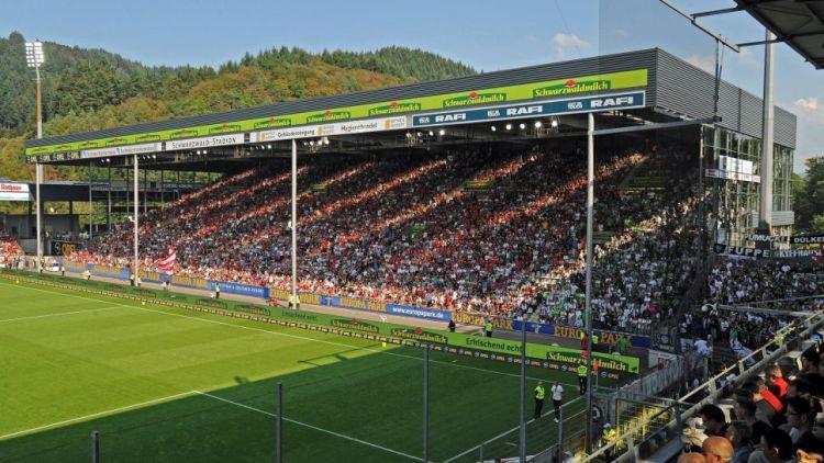 FreiburgSchwarwald-Stadion1