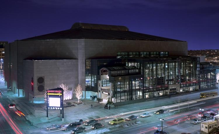 MilwaukeeBradleyCenter2