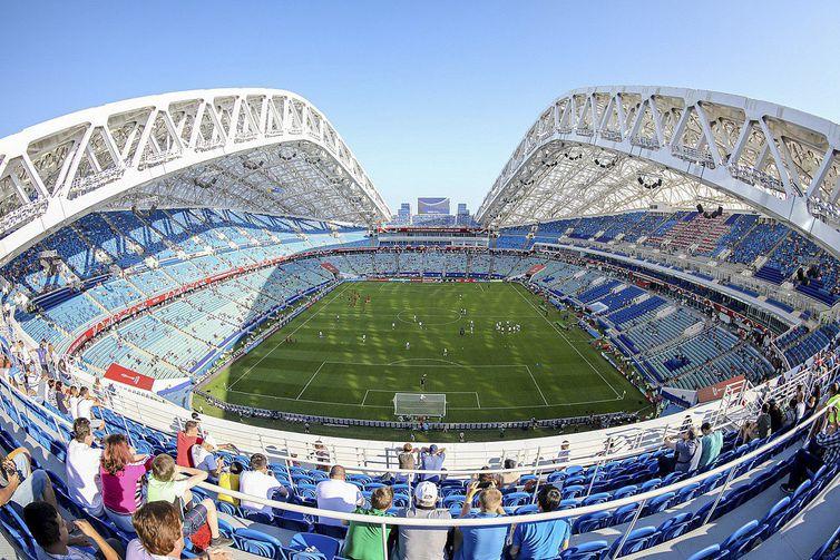 42033464c Onde assistir ao jogo Austrália x Peru